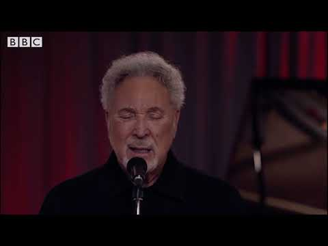 Tom Jones - I'm Growing Old LIVE performance - Later With Jools Holland