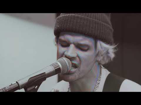 Grouplove - Primetime [Live Performance]