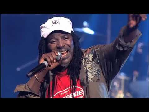 Alpha Blondy - Sebe Allah Yé Live au Zenith Paris 2009