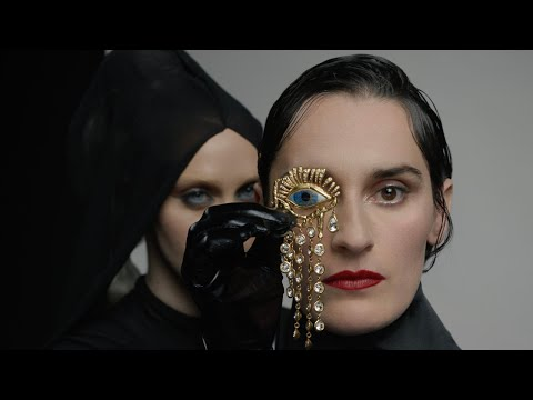 YELLE - Noir (Official Video)