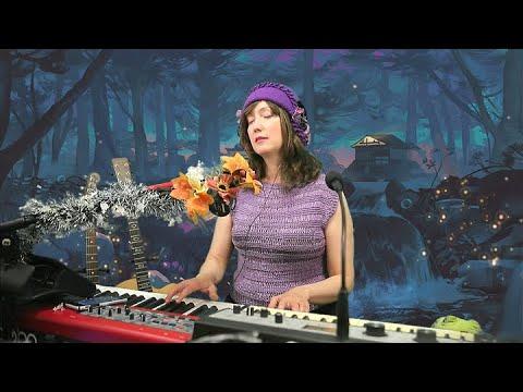 Welcome To The Show (♫ Live Improv) - Elizaveta