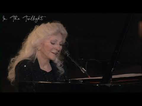 Judy Collins - In The Twilight