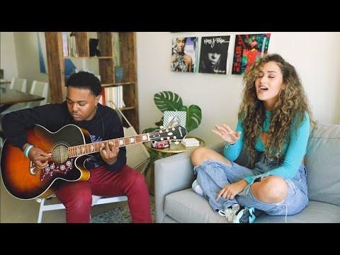 Skylar Stecker - FWY (LIVE Acoustic)