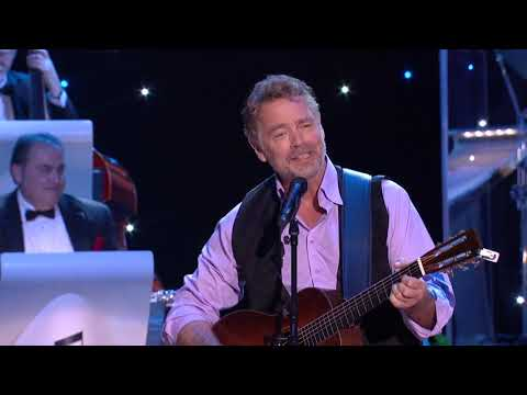 "John Schneider - ""I Wouldn't Be Me Without You"" & Interview (Live at CabaRay)"