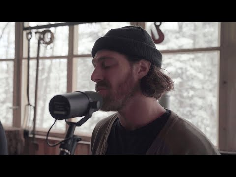 Jonathan Roy - Walk Out On Me (Live Acoustic Performance)