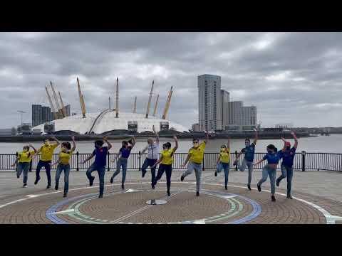 Grupo Niche - Del puente para allá (Fan Dance Video)