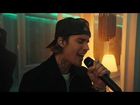 Justin Bieber - Off My Face (Live from Paris)