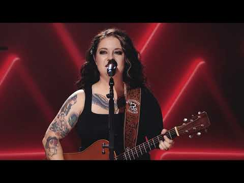 Ashley McBryde - Velvet Red (Never Will: Live From A Distance)