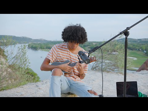 Tony22 - Earth Boy (Stripped Down Live)