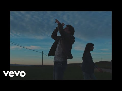Jaime Lorente - Mirando al Sol