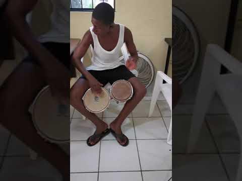 Bongo solo Christopher Bachata Academy