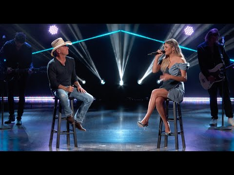 Kelsea Ballerini ft. Kenny Chesney - half of my hometown (From the 56th ACM Awards)