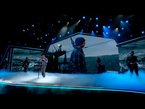 Kenny Chesney - Knowing You (From the 56th ACM Awards)