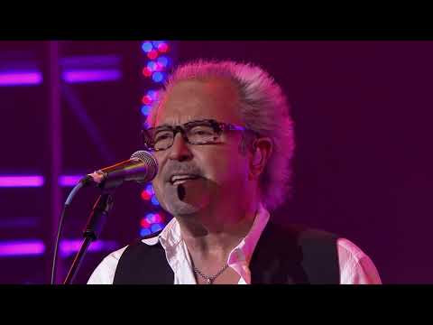 Foreigner - Head Games (Rockin' At The Ryman)
