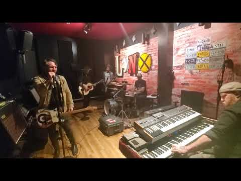 "TheTrews - ""Hopeless"" (Rehearsal)"