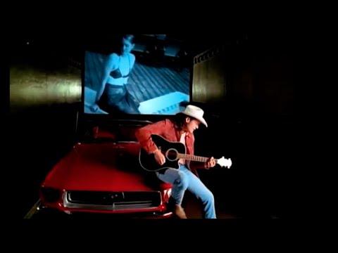 My Earliest Memory of Performing Austin - Blake Shelton