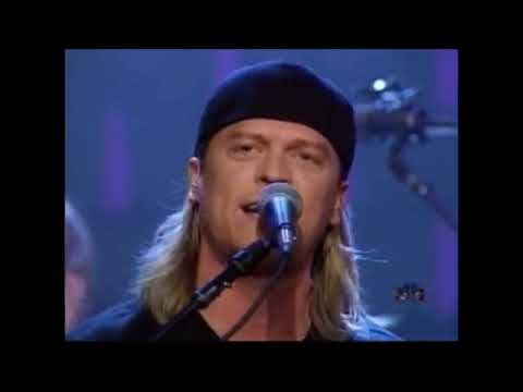 Puddle Of Mudd - Blurry (Live on Conan 2002)
