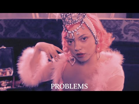Hey Violet - Problems (Official Lyric Video)