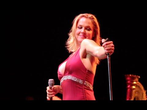 Pink Martini - Üsküdar'a gider İken | Live from Washington - 2011