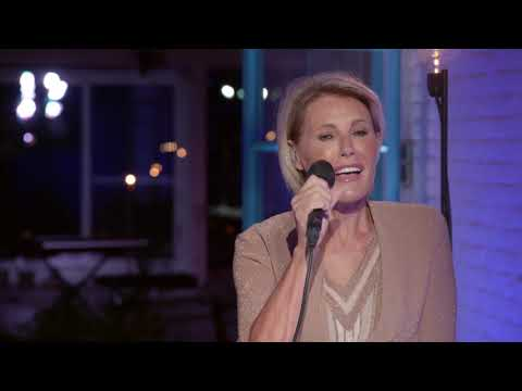 Dana Winner - I Want To Be  (LIVE From My Home To Your Home)