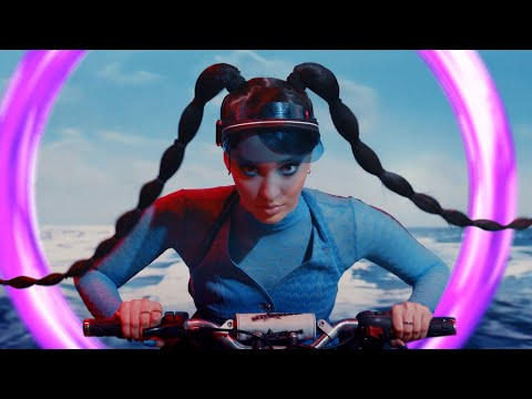 Faouzia - Hero (Official Music Video)