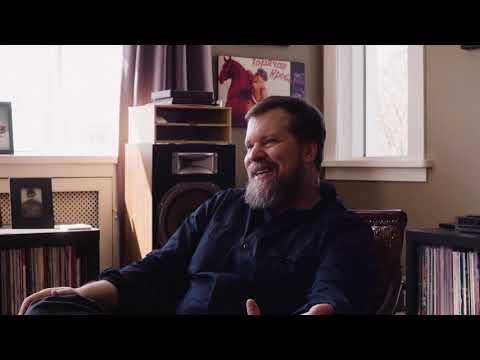 """John Grant raconte son nouvel album """"Boy From Michigan"""" (en Français)"""