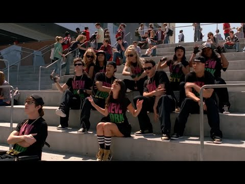 GLEE  - Empire State of Mind (Full Performance) HD