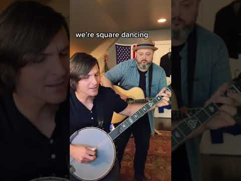 """Charlie Worsham - """"Square Dancing in a Burning Room"""" with Marty Schwartz #Shorts"""