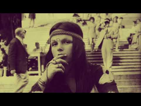 """The Dandy Warhols - """"The Hippies Were Right"""" Fast Friday"""