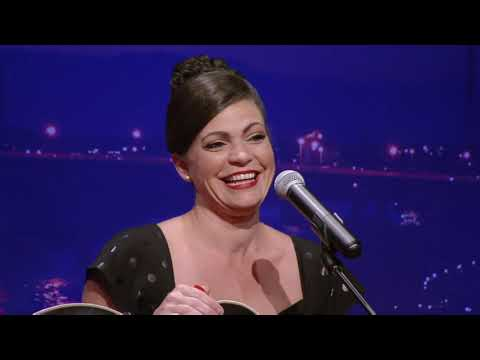 """Angaleena Presley - """"American Middle Class"""" & Interview (Live on CabaRay Nashville)"""