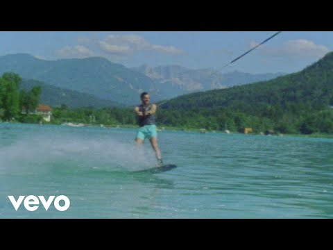 Alvaro Soler - Alvaro Soler - Despiertos (Official Music Video)