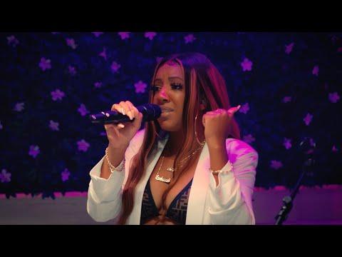 "Sydney Renae - ""We Always Do This"" Full Album Performance"