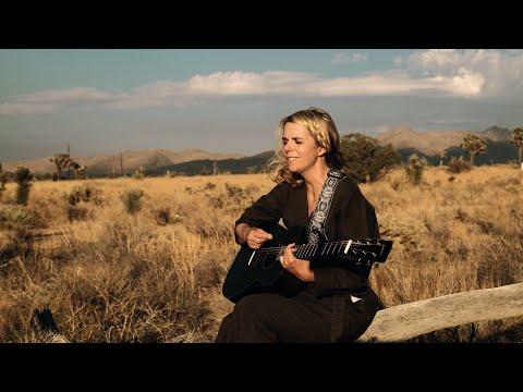 """Aoife O'Donovan - """"Phoenix"""" (Official Music Video)"""