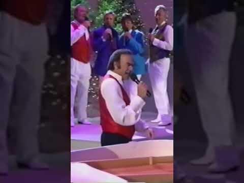 Neil Diamond 'The Christmas Album' medley