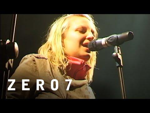Zero 7 Feat. Sia - Distractions (The Big Chill Festival 2001)