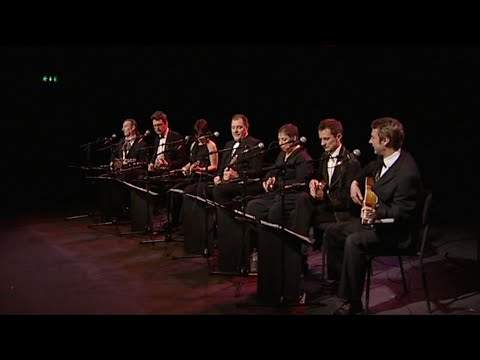 Should I Stay Or Should I Go - The Ukulele Orchestra of Great Britain
