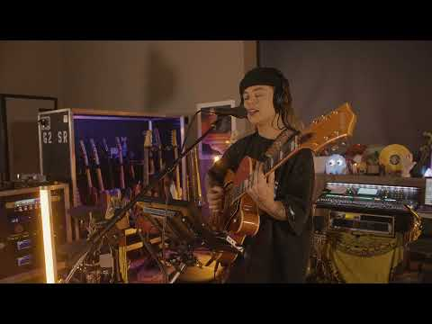 TASH SULTANA - BLAME IT ON SOCIETY (Live at Lonely Lands Studio)