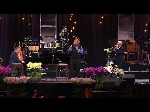"""Bill Gaither Leads """"Because He Lives"""" at the Sing! 2021 Conference"""