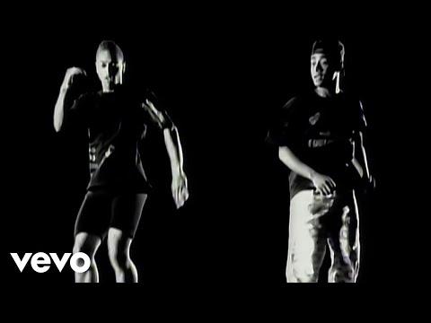 Suzanne Vega, DNA - Tom's Diner (Official Music Video)